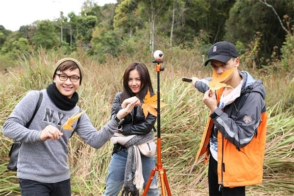 Đội 3: Yun Lukas, Phương Ly, Hữu Anh.