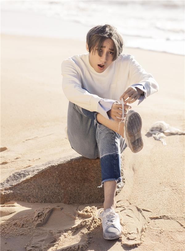 """Sau Lạc trôi, Sơn Tùng khiến fan """"loạn nhịp"""" với hình ảnh soái ca"""