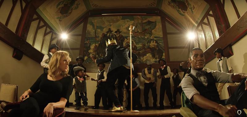 """Một cảnh trong MV """"African Hipster"""" có sự góp mặt củaKeitra. (Ảnh cắt từ clip)"""