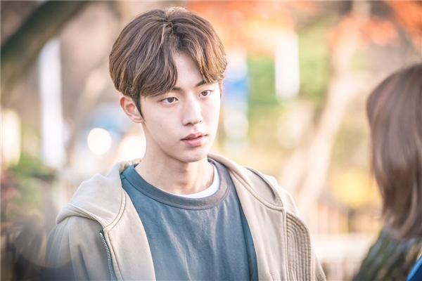 """Park Bo Gum và Nam Joo Hyuk cùng tái xuất """"phá đảo"""" màn ảnh Hàn 2017?"""