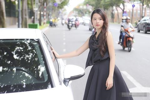 Sau khi chia tay thiếu gia Phan Thành, Midu hoạt động mạnh trong lĩnh vực giải trí thay vì ở ẩn như trước. Cô nhận lời đóng phim điện ảnh và góp mặt tại nhiều sự kiện lớn. Cuối năm 2016, Midu vinh dựnhận giải thưởng Diễn viên châu Á xuất sắc do Korean Culture Entertainment Awards 2016 bình chọn. - Tin sao Viet - Tin tuc sao Viet - Scandal sao Viet - Tin tuc cua Sao - Tin cua Sao