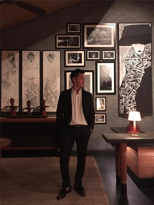 """Kéo chân 9cm: Hot boy Hà Nội chia sẻ về """"hành trình 1 năm dãn xương"""""""
