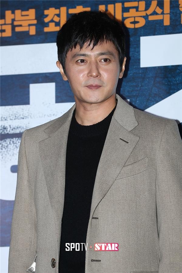 Jang Dong Gun vẫn điển trai như ngày nào