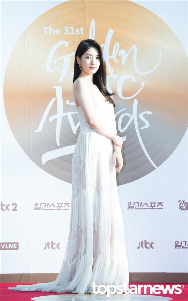 Suzy và Seohyun đủ cân cả dàn nhan sắc tại Grammy Hàn Quốc