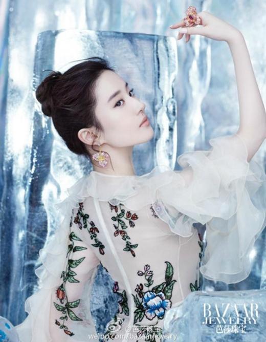 9 mỹ nhân Hoa ngữ nổi tiếng với vẻ đẹp không góc chết