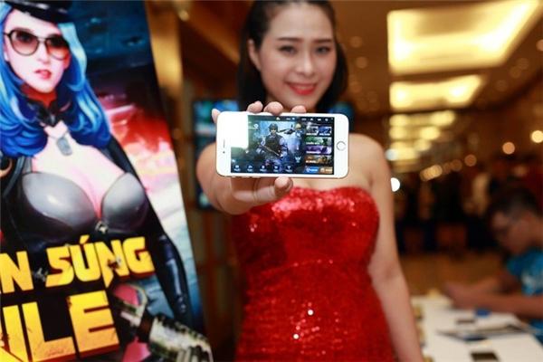 """Cơn sốt game thực tế ảo """"càn quét"""" giới trẻ Việt"""