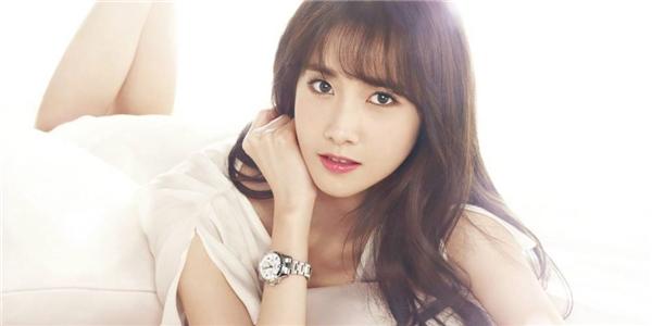 Sau thành công trong lĩnh vực phim ảnh, tên tuổiYoon Ah đã nổi nay còn nổi hơn.
