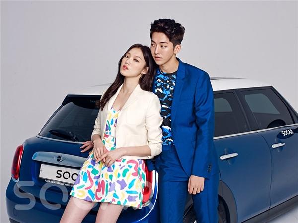 """Nam Joo Hyuk và Lee Sung Kyung ngoài đời tình tứ """"ăn đứt"""" trong phim"""