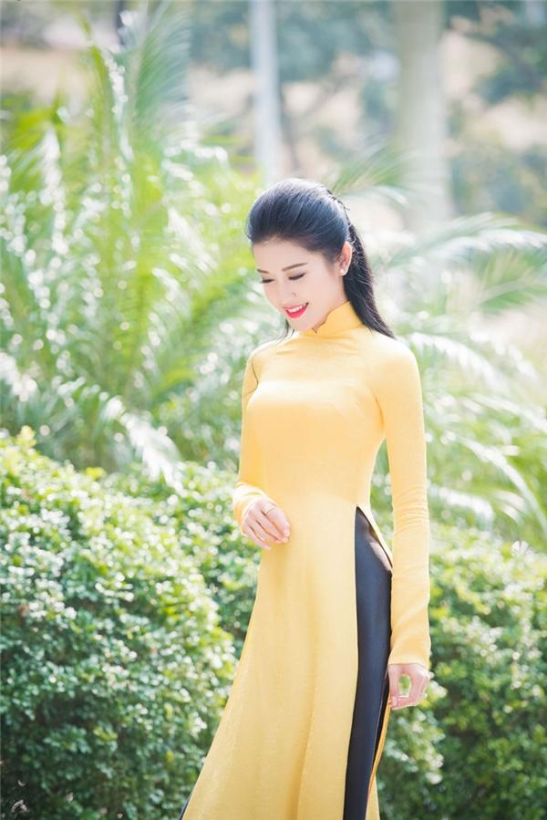 Màu vàng đại diện cho ánh mặt trời đầy sức sống và năng lượng.