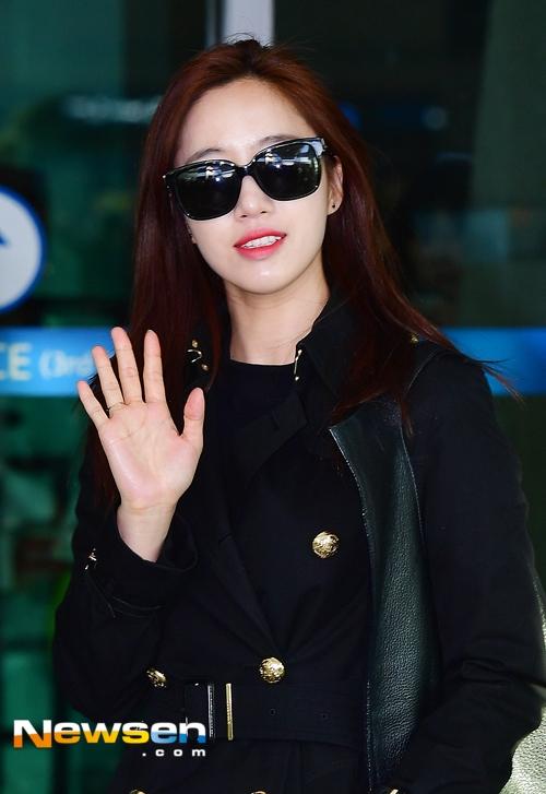 """Eunjung luôn nổi bần bật với vẻ ngoài """"sang chảnh"""" và toát lên khí chất cuốn hút như mọi khi."""