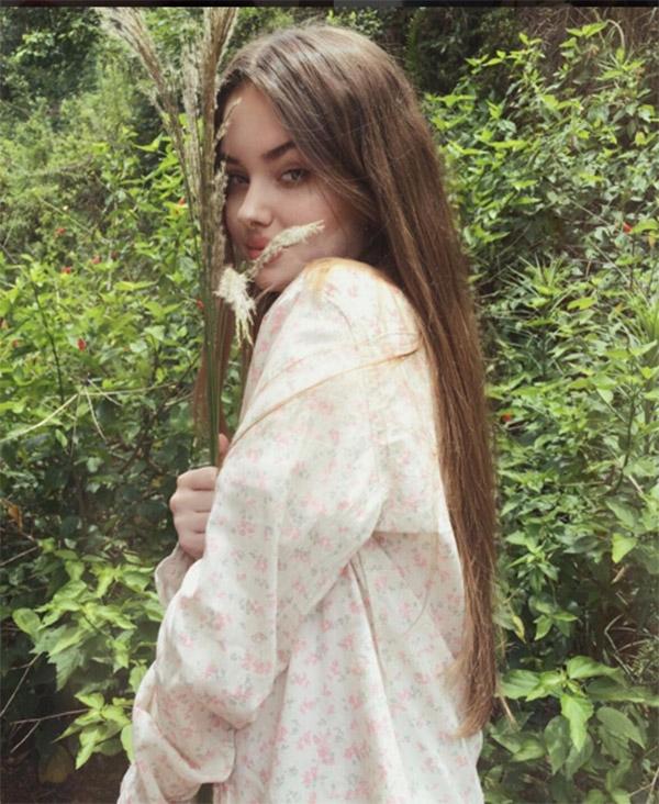 Cận cảnh nhan sắc của cô nàng 15 tuổi giống hệt Angelina Jolie