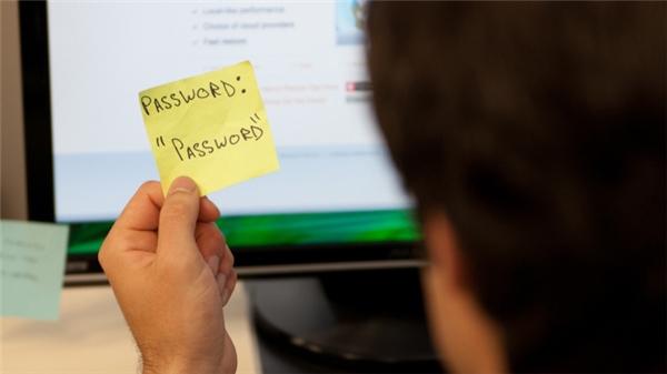 Password đơn giản sẽ tạo điều kiện cho hacker đánh cắp tài khoản của bạn một cách dễ dàng. (Ảnh: internet)
