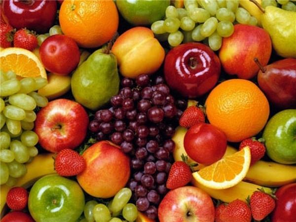 Để các loại quả như cam, chanh, bưởi, quét một chút vôi lên đầu cuống của chúng sẽ rất hữu ích trong việc bảo quản.