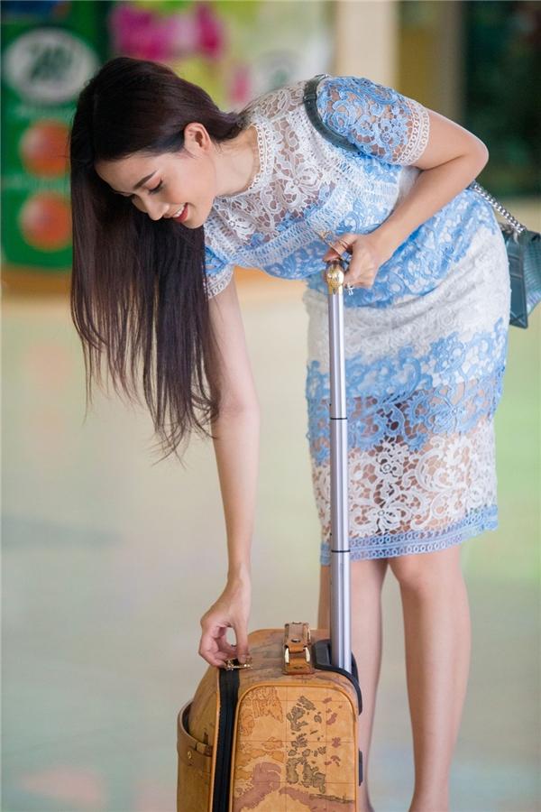 Phan Thị Mơ gặp sự cố ở sân bay - Tin sao Viet - Tin tuc sao Viet - Scandal sao Viet - Tin tuc cua Sao - Tin cua Sao