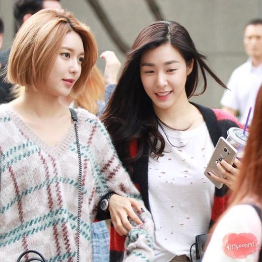 Tình bạn của hai cô nàng xinh đẹp cũng đẹp như chính họ vậy, phải không nào?