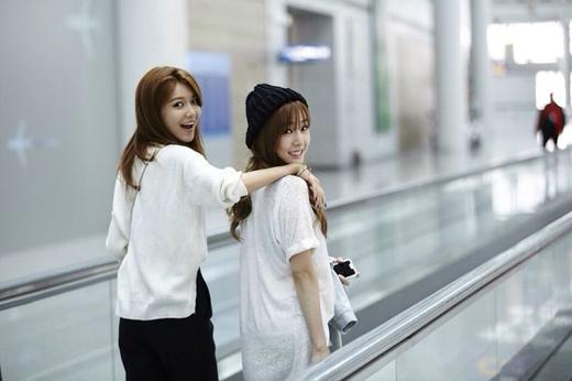 Xinh đẹp và nhân hậu, hai cô gái chắc chắn đã sưởi ấm nhiều trái tim người hâm mộ.
