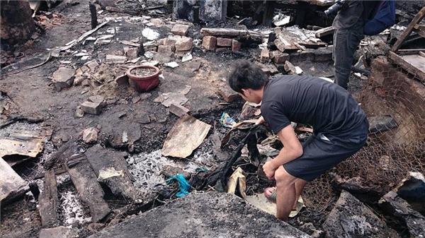 Hơn 400 nhân khẩu bỗng chốc lâm vào cảnh không nhà không cửa. (Ảnh: FB)