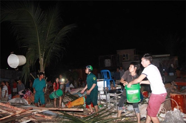 Hơn 40 căn nhà bị thiêu rụi dù công tác dập lửa đã diễn ra rất tích cực. (Ảnh: Internet)