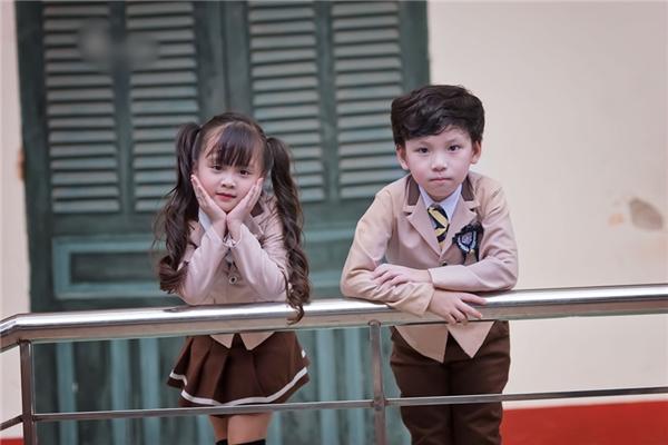 """Cô bé Phương Ly 6 tuổi từng được cộng đồng mạng ưu ái dành tặng biệt danh """"hoa khôi nhí Tuyên Quang"""" vì gương mặt xinh xắn, thuần khiết của mình."""
