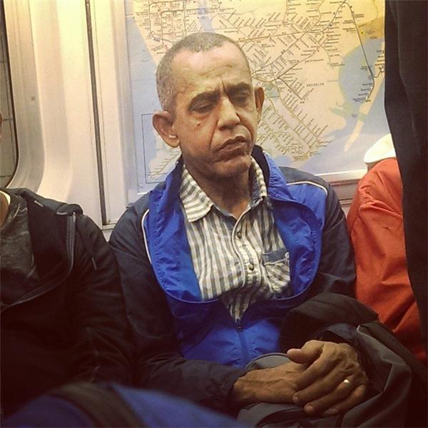 Cuộc sống sau khi rời khỏi Nhà Trắng vất vả quá phải không Obama?