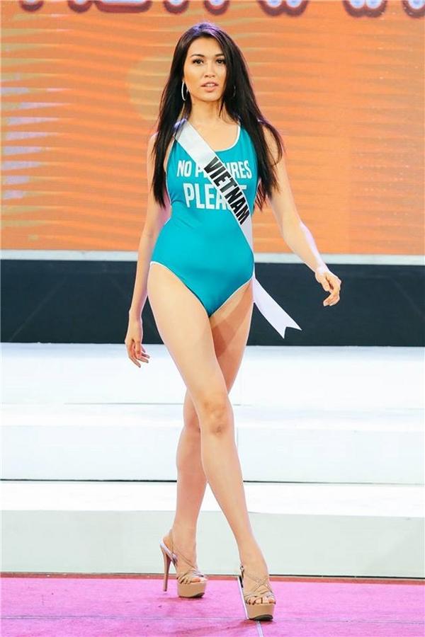 Dù có sự thể hiện khá tốt tại cuộc thi nhưng đại diện Việt Nam Á hậu Lệ Hằng lại bị nhận xét không có hình thể săn chắc. Vòng eo của cô trông khá to dù diện áo tắm một mảnh.