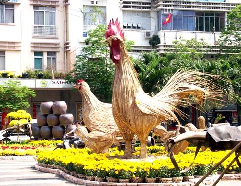 Đường Nguyễn Huệ trở thành khu vực trang trí trọng điểm chào mừng năm mới 2017.