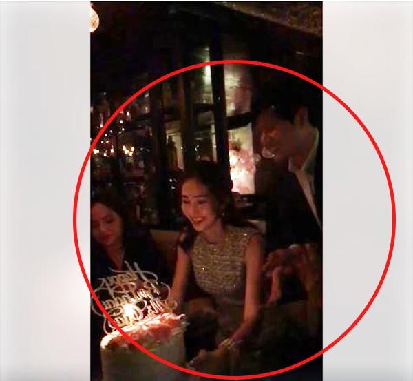 Đặng Thu Thảo xúc động rơi nước mắt khi được bạn trai mừng sinh nhật - Tin sao Viet - Tin tuc sao Viet - Scandal sao Viet - Tin tuc cua Sao - Tin cua Sao