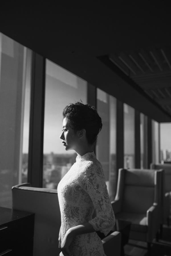 """Sự thay đổi củaQuỳnh Anhkhông khỏi khiến các fan cảm thấy có chút... không quen và bất ngờ, vì mọi người vốn đã ghi nhớ hình ảnh trong sáng, dễ thương của một trong""""bộ ba sát thủ"""" năm nào."""