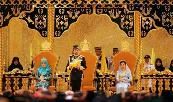 Một bữa tiệc trong cung điện Hoàng Gia. (Ảnh: internet)