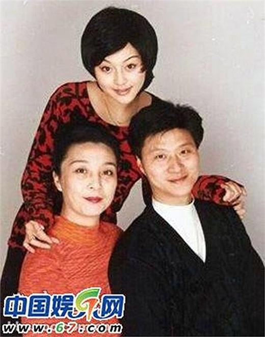 Dân mạng phát sốt với ông bố siêu cấp đẹp trai của Phạm Băng Băng