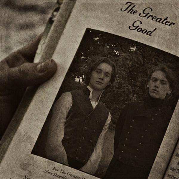 DumbledorevàGrindelwaldlà đôi bạn thân từ thời thơ ấu.(Ảnh: Internet)