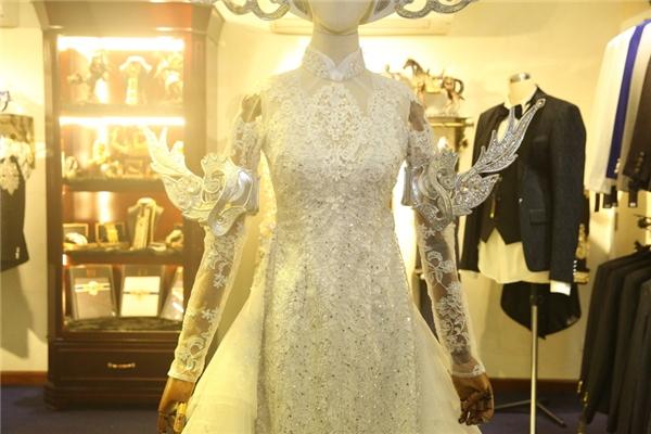 Choáng với trang phục nặng hơn 10kg của Hoài Linh trong Táo quân - Tin sao Viet - Tin tuc sao Viet - Scandal sao Viet - Tin tuc cua Sao - Tin cua Sao