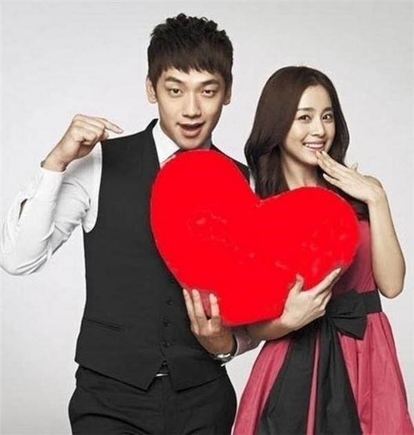 Bi Rain và Kim Tae Hee khiến nhiều fan bất ngờ khidời lịch cưới trước tận 1 tháng.