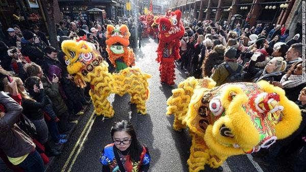 Thành phố London (Anh) mới là nơi có lễ hội mừng Tết Nguyên Đán lớn nhất.