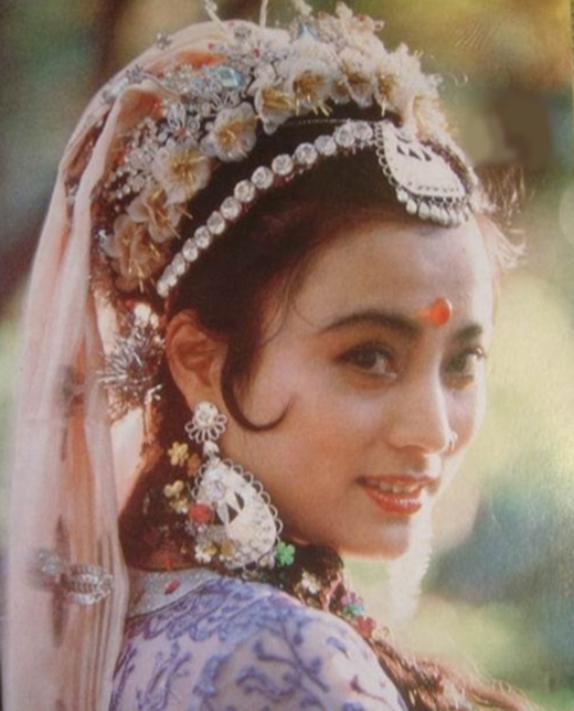 Cô đã không khiến nữ đạo diễn Dương Khiếu phải thất vọng khi vào vai Thỏ ngọc xinh đẹp một cách hoàn hảo.