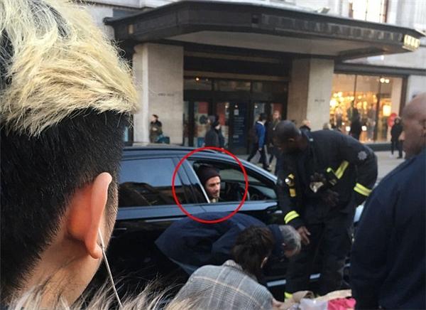 Nghĩa cử cao đẹp của Beckham khiến mọi người không khỏi xuýt xoa.