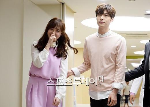 Goo Hye Sun và Ah Jae Hyun vẫnkhiến nhiều người chúc phúc bởi hôn lễ hết sức ý nghĩa của mình