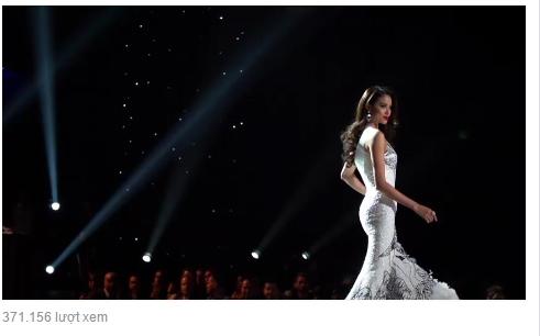 Trên trang Fanpage củaMiss Universe vừa công bố đoạn clip quảng bá mùa thi mới. Tuy nhiên, điều đặc biệt là đoạn phim mang tầm quốc tế này có sự góp mặtcủa Hoa hậu Phạm Hương. Sự xuất hiện của cô khiến nhiều khán giả bất ngờ và tự hào. - Tin sao Viet - Tin tuc sao Viet - Scandal sao Viet - Tin tuc cua Sao - Tin cua Sao