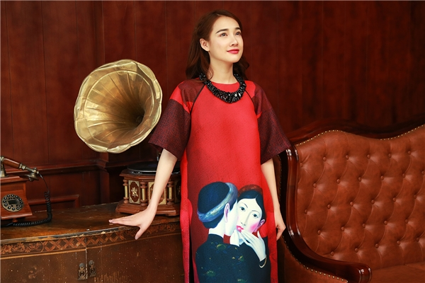 Nàng Xuân Nhã Phương rực rỡ với áo dài ngày đầu năm - Tin sao Viet - Tin tuc sao Viet - Scandal sao Viet - Tin tuc cua Sao - Tin cua Sao