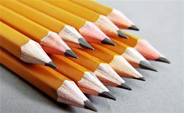 Mỗi loại bút chì khác nhau chứa đựng lượng than chì khác nhau.