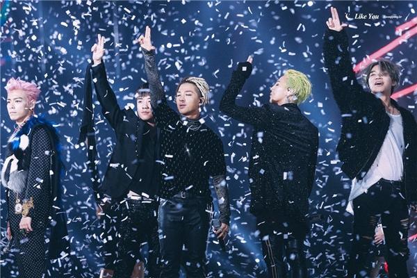 Kết thúc concert cuối cùng, T.O.P gửi lời tạm biệt khiến fan xúc động