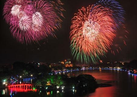Giao thừa 2017 ở Hà Nội sẽ trình chiếu pháo hoa trên màn hình LED
