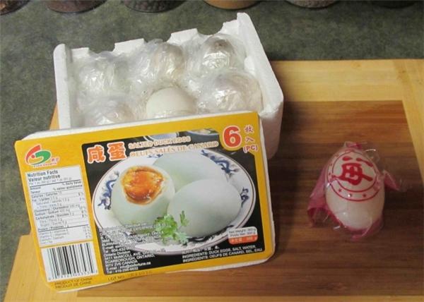 Trứng được luộc sẵn và đóng gói dành cho những người không có thời gian.