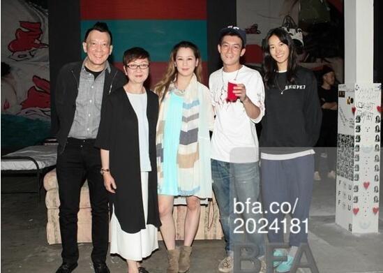 """""""Trai hư"""" Trần Quán Hy sắp có con với cựu người mẫu Victoria's Secret?"""