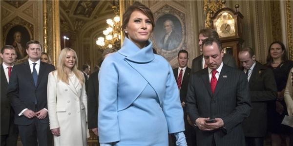 Niềm hạnh phúc của bà Melania khi ông Donald Trump chính thức trở thành Tổng thống Mỹ.