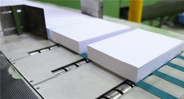 Các sấp giấy chống nước, chống lửa không khác gì so với giấy thông thường.