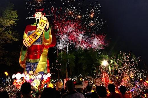 Lễ Singapore River Hongbao - một trong ba lễ hội lớn nhất ngày Tết tại quốc đảo Sư Tử.