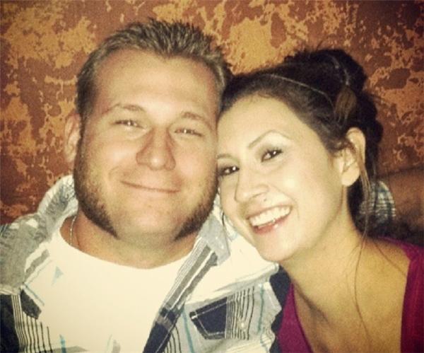 Cặp đôi Kyle, một quân nhân, và hôn thê của anh, Kristen