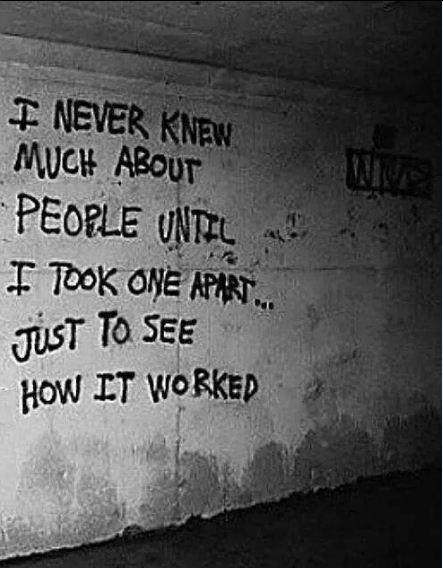 """""""Tôi chưa từng biết về con người cho đến khi phanh thây một người, để xem mọi thứ 'hoạt động' như thế nào""""."""