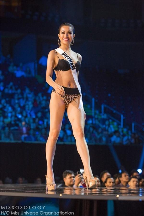 Á hậu Lệ Hằng, đại diện Việt Nam xuất hiện cuối cùng trên sàn diễn với bộ bikini màu đen. Dù đã cố gắng thể hiện tốt nhất nhưng nhìn chung đại diện Việt Nam vẫn không được xếp vào nhóm thí sinh có kĩ năng trình diễn bikini cũng như hình thể xuất sắc tại Miss Universe 2016.